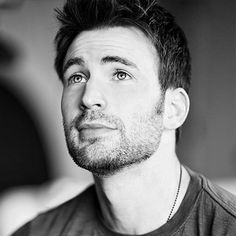 RT @ChrisEvans: This is an embarrassing night for America. We've let a hatemonger lead our great nation. We've let a bully set our course. I'm devastated. November 09 2016 at 01:59AM HirezPixie