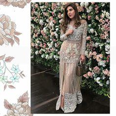 Pak Stylish Dresses For Girls, Girls Dresses, Prom Dresses, Designer Wear, Designer Dresses, Kebaya Brokat, Pakistani Formal Dresses, Diva Fashion, Wedding Wear