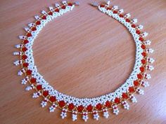 diy beading necklace (I so want to make weird things out of seed beads)