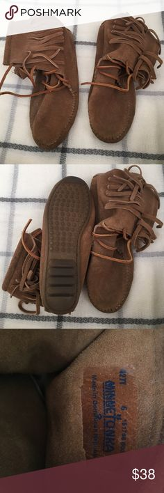 """Moccasin boots These boots worn but in great condition. Only used a few time for one season. Authentic camel brown suede, Minnetonka brand, """"Tramper"""" style moccs with original laces. Comfy and boho chic. Minnetonka Shoes Moccasins"""