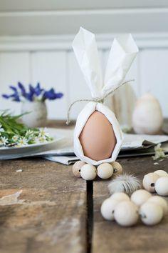 DIY: Kleines Häschen ganz groß - Servietten Osterhasen / Napkin Folding - Easter Bunny