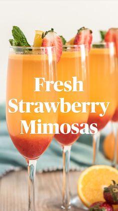 Nonalcoholic Summer Drinks, Mocktails For Kids, Pink Cocktails, Refreshing Summer Drinks, Easy Cocktails, Summer Cocktails, Cocktail Drinks, Strawberry Mimosa, Strawberry Alcohol Drinks