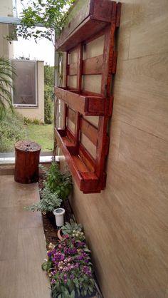 Jardim/ Horta vertical em pallet