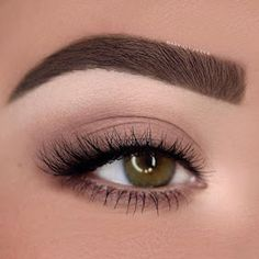 Eye makeup is able to complement your natural beauty and also make you look and feel magnificent. Find out the way to use make-up so that you can show off your eyes and impress. Learn the very best ideas for applying make-up to your eyes. Mac Makeup, Eye Makeup Tips, Beauty Makeup, Makeup Ideas, Makeup Inspo, Makeup Tutorials, Beauty Care, Beauty Tips, Makeup Inspiration