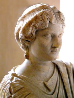 women of rome Roman Hairstyles, Historical Women, Roman History, Roman Emperor, Ancient Rome, Romans, Empire, Sculptures, Marble