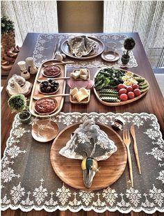 Turkish breakfast. Kahvaltı sunumu