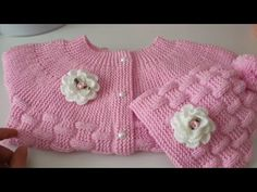 Baby Jumper, Knitted Baby Cardigan, Baby Knitting Patterns, Hand Knitting, Baby Net, Princesa Charlotte, Cute Cat Wallpaper, Crochet Baby Shoes, Working With Children