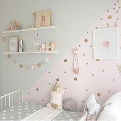 rockymountaindecals: QUESTION: Would you decorate a room like this? Yes or no? We definitely would! Thanks for including our gold dot decals in this dreamy space @harlows_world