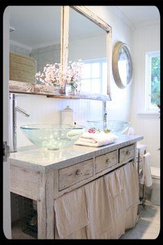 vanity and double bowl sinks. Upstairs bathroom