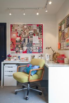 Apartment Therapy tour of an interior designer's sweet backyard office