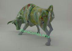 Lion Sculpture, Statue, Glow Effect, Modern Art, Resin, Sculpture