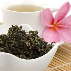 Discover the Chinese Herb of Immortality -Jiaogulan (Gynostemma pentaphyllum.) Premium Organic Jiaogulan tea from Thailand. Jiaogulan Tea, Sun Tea, Can I Eat, Healthy Blood Pressure, Chinese Herbs, Have A Good Night, Loose Leaf Tea, Herbal Tea