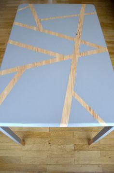 Relooking Table peinte grise géométrique
