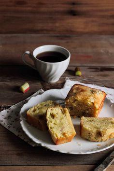 Pastry Affair | Rhubarb Vanilla Pound Cake