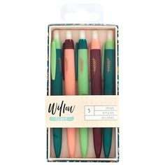 Write it all down with the Colorful Ballpoint Pen Set from the Willow Collection by 1Canoe2. There are five black ink Pens included in the package. The pieces are in various shades of green and red.