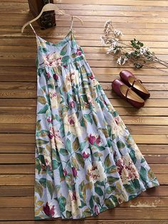 Gracila Spaghetti Strap Patchwork Floral Print Bohemian Dresses is high-quality, see other cheap summer dresses on NewChic. Boho Outfits, Dress Outfits, Fashion Outfits, Bohemian Dresses, Fashion Clothes, Cheap Summer Dresses, Mode Boho, Plus Size Maxi Dresses, Boho Fashion