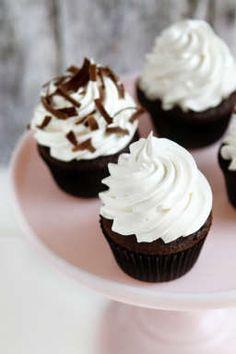 Mallo Cup Cupcakes | MyBakingAddiction.com