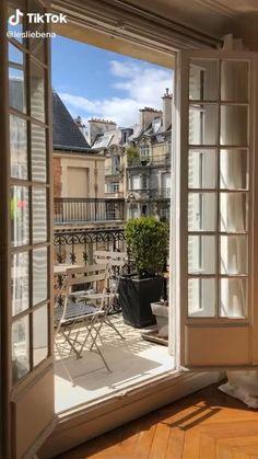 Dream Home Design, My Dream Home, House Design, Dream Life, Apartment View, Dream Apartment, French Apartment, London Apartment Interior, Apartamento New York