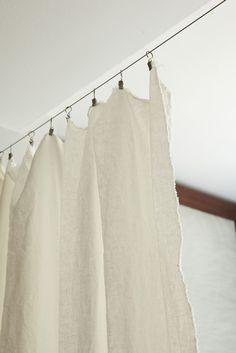 ワイヤーとクリップで簡単カーテン