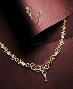 Jewelry OFF! Feel like a princess with this exquisite set of diamond and gold floral necklace set. Gold Earrings Designs, Gold Jewellery Design, Necklace Designs, Handmade Jewellery, Gold Jewelry Simple, Simple Necklace, Bridal Necklace, Floral Necklace, Pearl Necklace