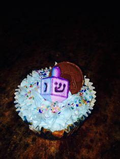 Chanukah cupcake