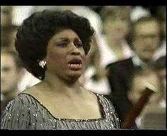 1000 images about opera arias on pinterest maria callas giacomo puccini and opera - Casta diva youtube ...