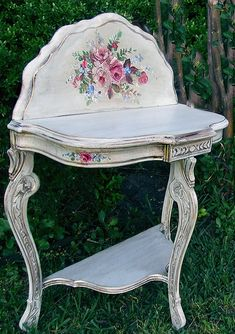 My Fair Lady:Turning A Plain-Jane Country Table Into A Stunning French Beauty ~ Many Shades of Shabby by Devonia Decoupage Furniture, Hand Painted Furniture, Shabby Chic Furniture, Diy Furniture, Furniture Design, Shabby Chic Français, Cottage Chic, Furniture Makeover, Decoration