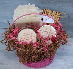 Jasmine Rose Vanilla Bath & Body Gift Basket by NaturisticBath