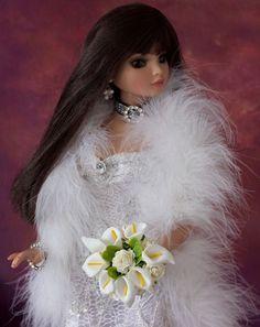 Tonner Evangeline Ghastly  Ellowyne Cami, Jon White Posy Bouquet, Flowers, NEW #Tonner