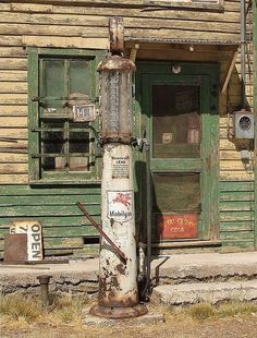 Vintage Gasoline Station and Garage Photographs: Today on The Old Motor we have interesting photos showing five different gasoline stations…