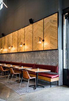 Piza e Vino Restaurant by Inhouse Brand Architects Hotel Restaurant, Restaurant Lighting, Restaurant Furniture, Restaurant Banquette, Restaurant Interior Design, Shop Interior Design, Cafe Design, Cafe Industrial, Diy Storage Bench