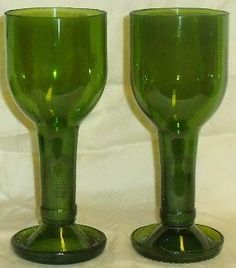 Read on to discover clever ways to turn your abundant supply of empty wine bottles into beautiful recycled wine bottle glasses! Wine Bottle Glasses, Empty Wine Bottles, Recycled Wine Bottles, Wine Bottle Art, Diy Bottle, Wine Bottle Crafts, Cutting Glass Bottles, Bottle Cutting, Pots