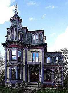 Pretty and Addams Family-ish