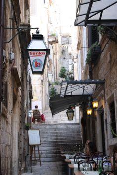 Croacia, Dubrovnik... a fairy tale walk   Una caminata entre piedras y murallas que sabe a cuento de hadas