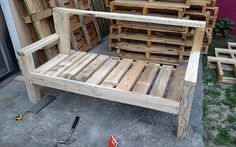 DIY Recycled Wood Pallet Bench Plan Bench is a furniture piece on which almost 3 to 4 individuals can sit for a gossip session or enjoying a tea party, so it is better to place a bench instead of… Pallet Furniture Bench, Pallet Bench Diy, Outdoor Pallet, Buy Furniture Online, Furniture Ads, Diy Pallet Projects, Wood Projects, Pallet Ideas, Pallet Crafts