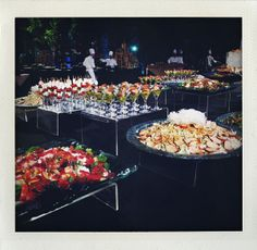 outdoor buffet-  I like the acrylic stands for the food...nice and orderly.