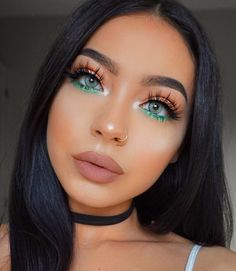 Gorgeous make up look - use a bright colour such as this vivid green on the lower lash line to make your eyes pop & add a splash of colour to a neutral look #prettygreeneyes...x