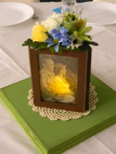 Yearning to Create: Picture Frame Centerpieces how to