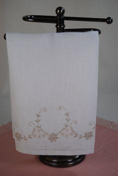 Dish Towels, Hand Towels, Tea Towels, Half Apron, Pink Gingham, Vintage Tablecloths, Apron Pockets, Guest Towels, Towel Holder