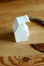 kayhuderfjaeril: Ein Haus aus Papier {Faltanleitung}