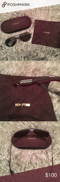 Tom Ford Unisex Sunglasses I'm s time for me to downsize my sunglasses collection. In excellent condition. Case and cloth included. No visible scratches. I take excellent care of my glasses. Ear and nose pieces are tight. Can be worn by male or female. Tom Ford style. 😎 Tom Ford Accessories Sunglasses