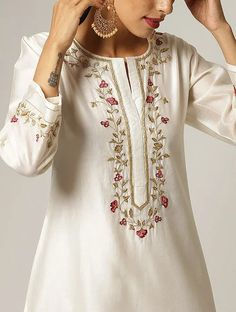 Buy Embroidered Silk Kurta Set by Sue Mue at Aza Fashions Embroidery On Kurtis, Kurti Embroidery Design, Hand Embroidery Dress, Embroidery On Clothes, Embroidered Clothes, Embroidery Fashion, Embroidered Silk, Silk Kurti Designs, Kurti Designs Party Wear
