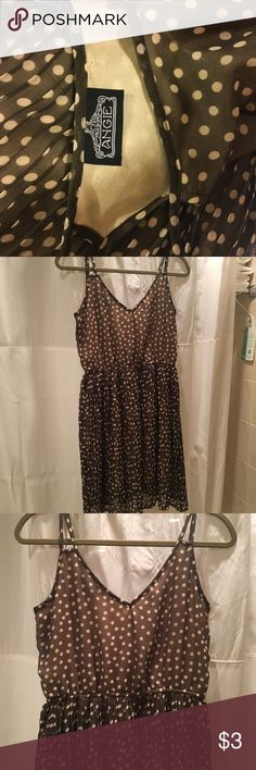 👗ANGIES BOUTIQUE summer picnic dress ANGIES Boutique Brown and white polka-dots dress w pleated shirt. Size small  It is beautiful.... it reminds me of Audrey Hepburn in breakfast at Tiffany's. classic and classy Angie Dresses