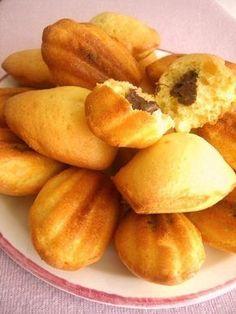 Alors cette recette!!!!!!!!!!!!!!!!! je vous dis que ça! c'est un petit bonheur de croquer dans ces madeleines…. elles sont vraiment…