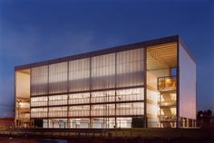 FDE / Escola Estadual Telêmaco Melges -  UNA Arquitetos