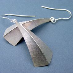 One fold silver earrings | Contemporary Earrings by contemporary jewellery designer Debbie Long