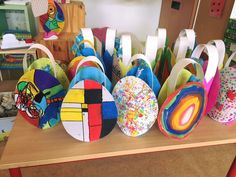 Kunstige paasmandjes Easter Art, Easter Crafts, Easter Bunny, Art Cart, Easter Story, Diy Ostern, Drawing For Kids, Spring Crafts, Preschool Activities