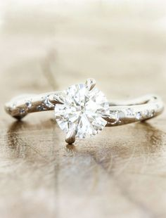 kdddesign:  Unique engagement rings by Ken and Dana Design