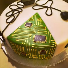 IT cake Birthday Cake, Cakes, Desserts, Food, Tailgate Desserts, Deserts, Cake Makers, Birthday Cakes, Kuchen