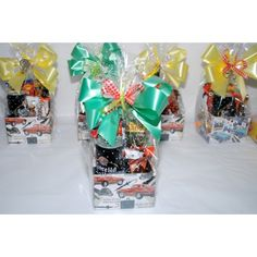 Gift Wrapping, Gifts, Gift Boxes, Gift Wrapping Paper, Presents, Wrapping Gifts, Gift Packaging, Gifs, Wrapping